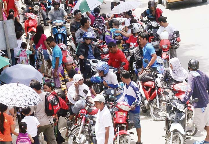 Motorcycles in the streets of Cebu