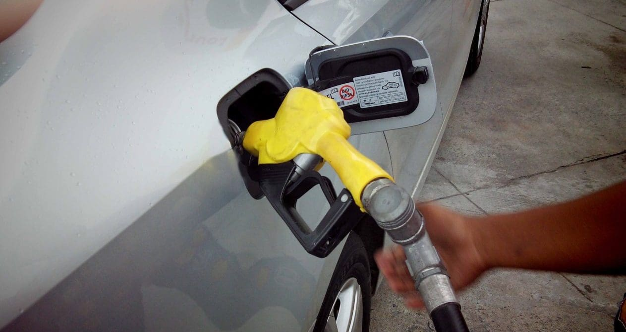 Oil Prices Go Up by As Much As P1/Liter