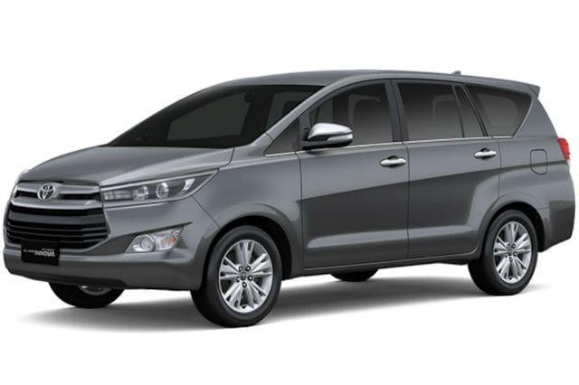 Grey Toyota Innova 2016