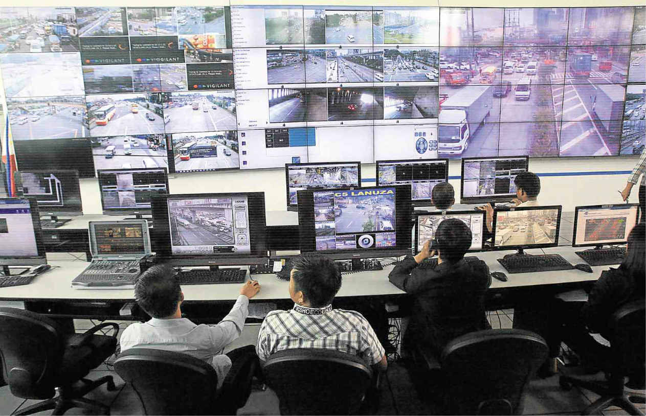 Duterte Orders Implementation of 4 Specific Traffic Countermeasures