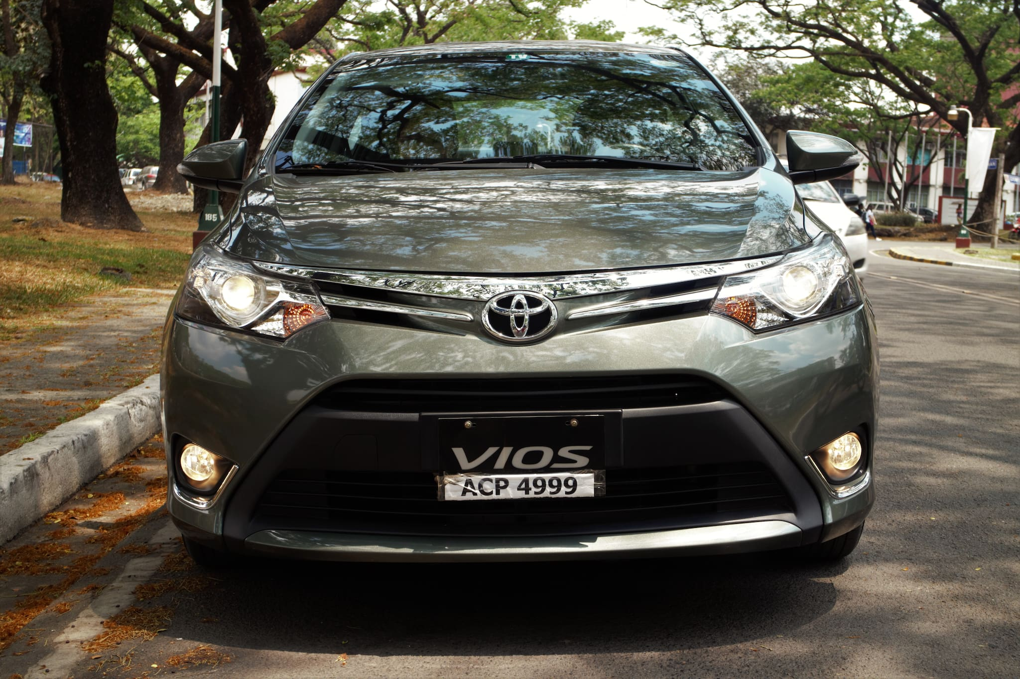 TEST DRIVE: 2016 Toyota Vios 1.5 G A/T - The Popular Choice