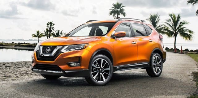 Orange Nissan X-Trail 2017