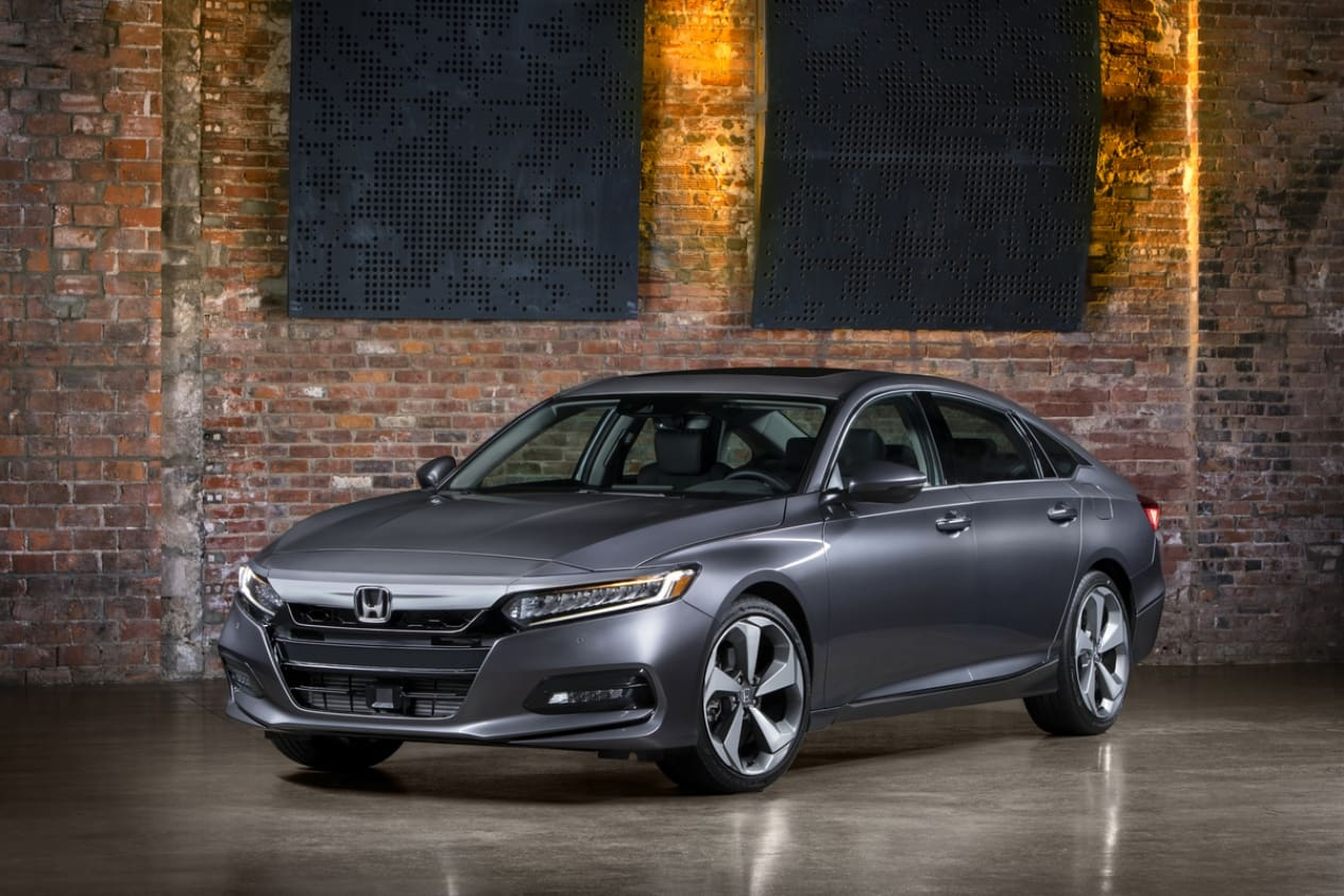 2018 Honda Accord Gets a Design Rebirth, Saves the Manual, and Drops the V6 (for Now)