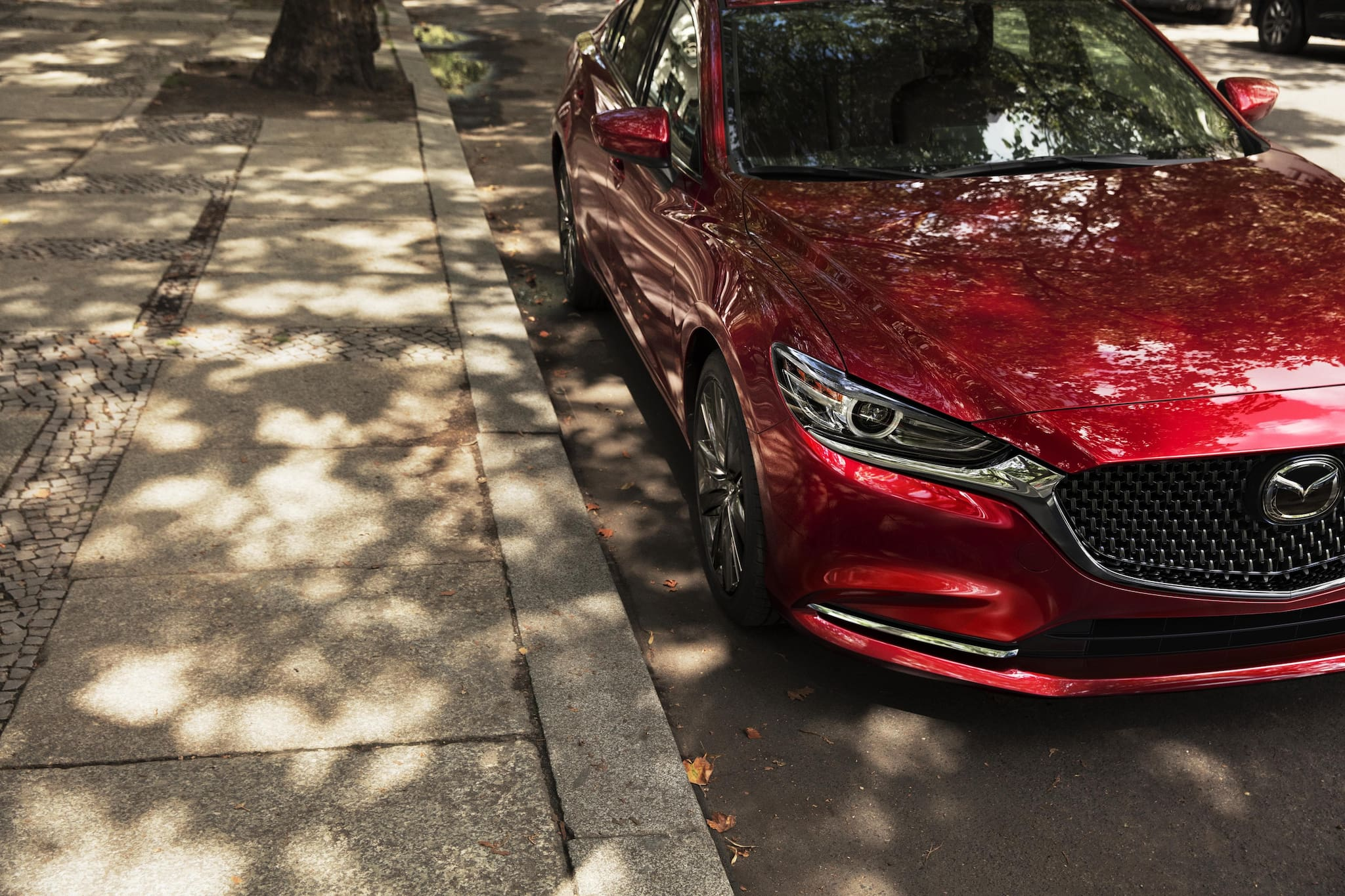 LA 2017: Mazda Updates Mazda 6 in Time for Show