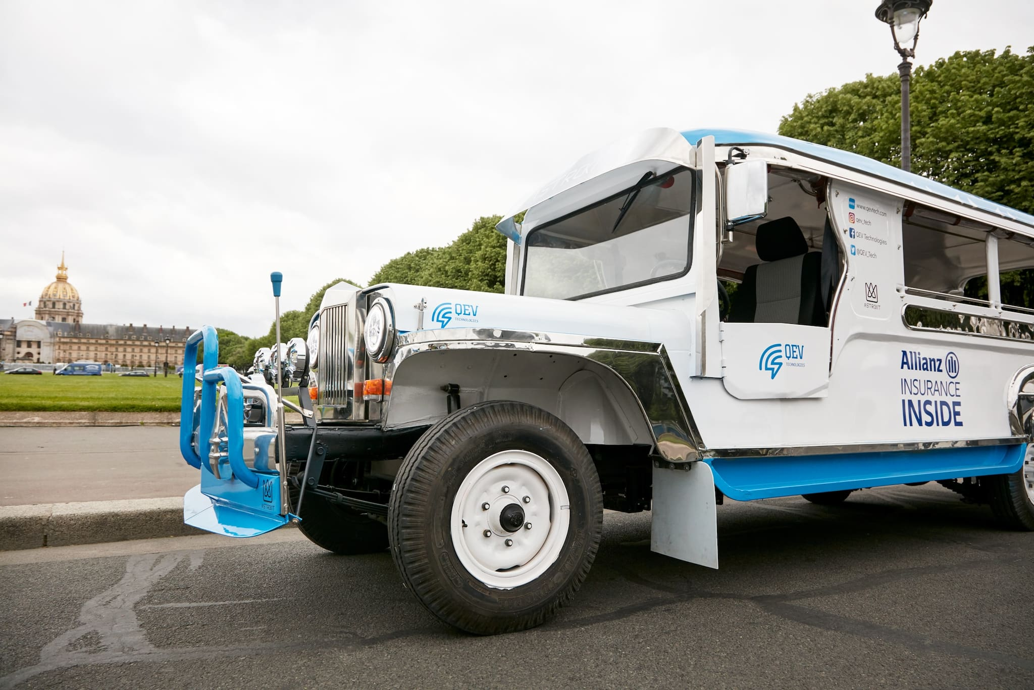 Electric Jeepney Roams Streets of Paris