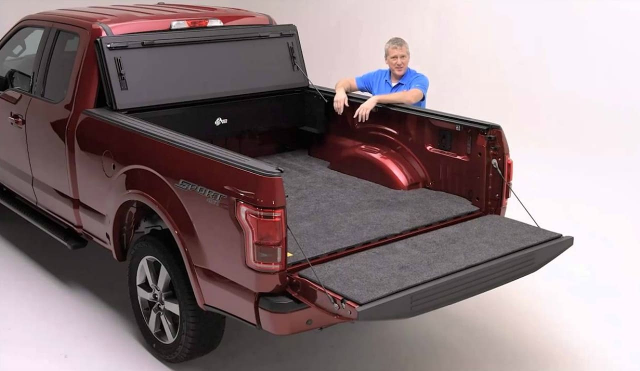 Pickup Trucks 101: How to Choose the Right Truck Bed Cover