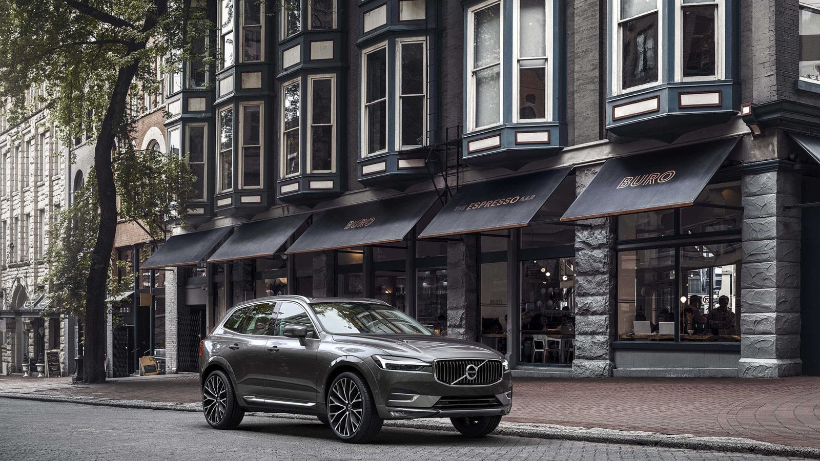 'World Car of the Year 2018' Volvo XC60 Now in All Volvo PH Showrooms