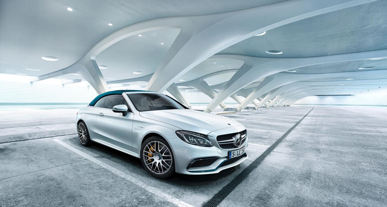 Soon, Mercedes-Benz Models Will Tell You the Safest and Most Dangerous Parking Places