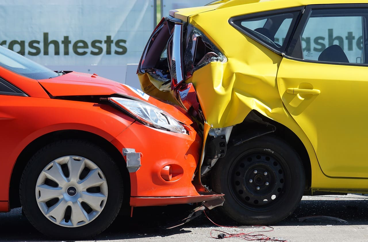 7 Important Safety Features New Drivers Should Have in Their Vehicles