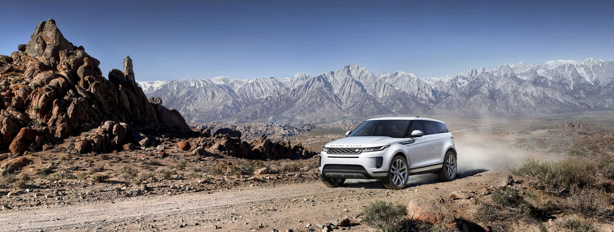 Here's the All-New, Second-Generation Range Rover Evoque