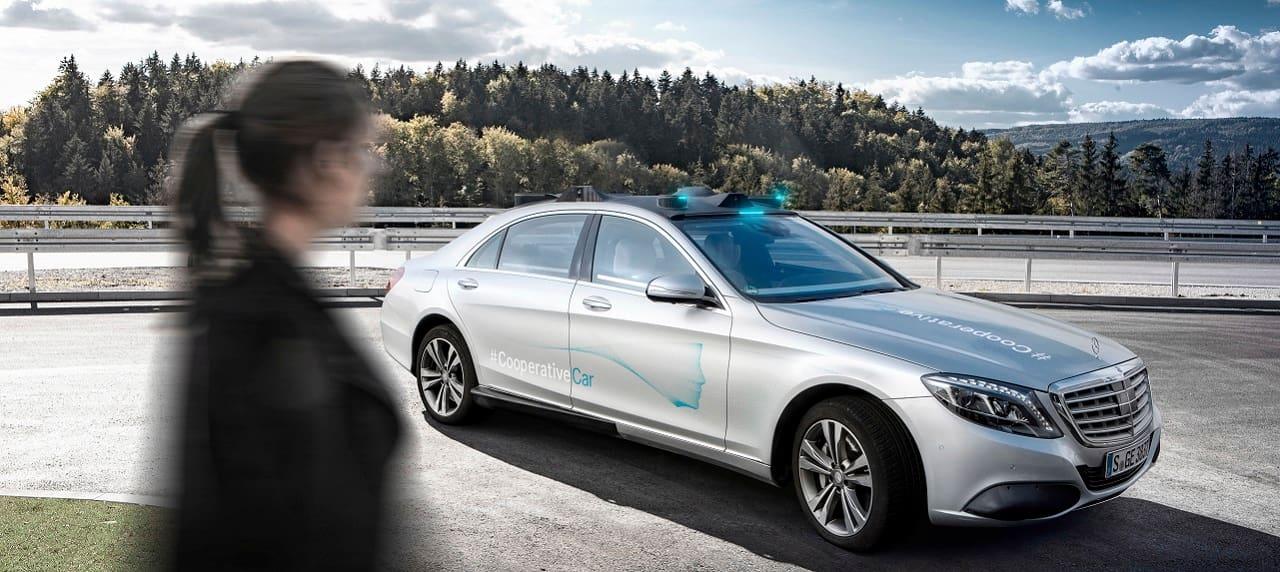 New Mercedes-Benz 'Humans First' Tech Communicates with Pedestrians