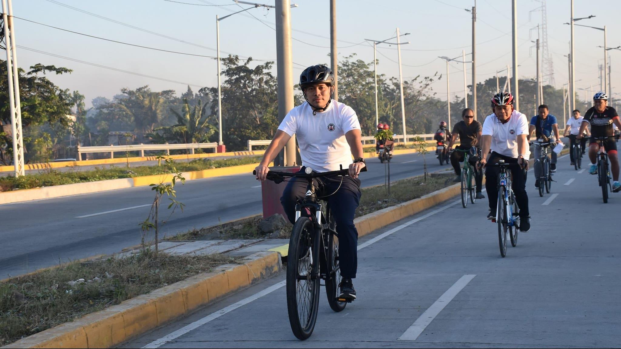 DPWH Opens 5.8-Km Protected Bike Lane along Laguna Lake Highway
