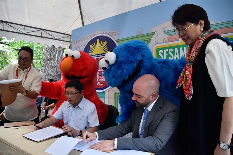 MMDA, Sesame Street Ink Partnership for Educational Campaign on Road, Public Safety
