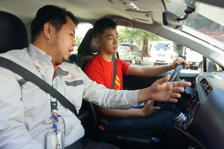 Toyota Motor Philippines Hybrid Electric Vehicle (HEV) campus tour