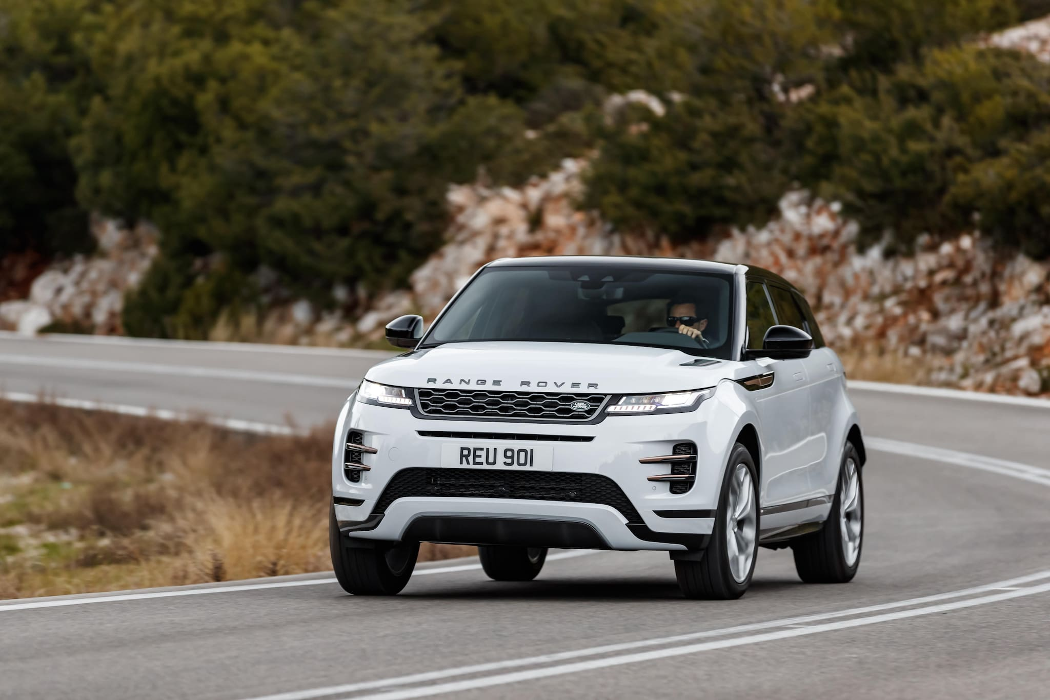 All-New Range Rover Evoque Gets 5-Star Euro NCAP Safety Rating