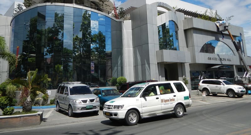 Castelo Lauds Suspension of P2P Scheme for UV Express