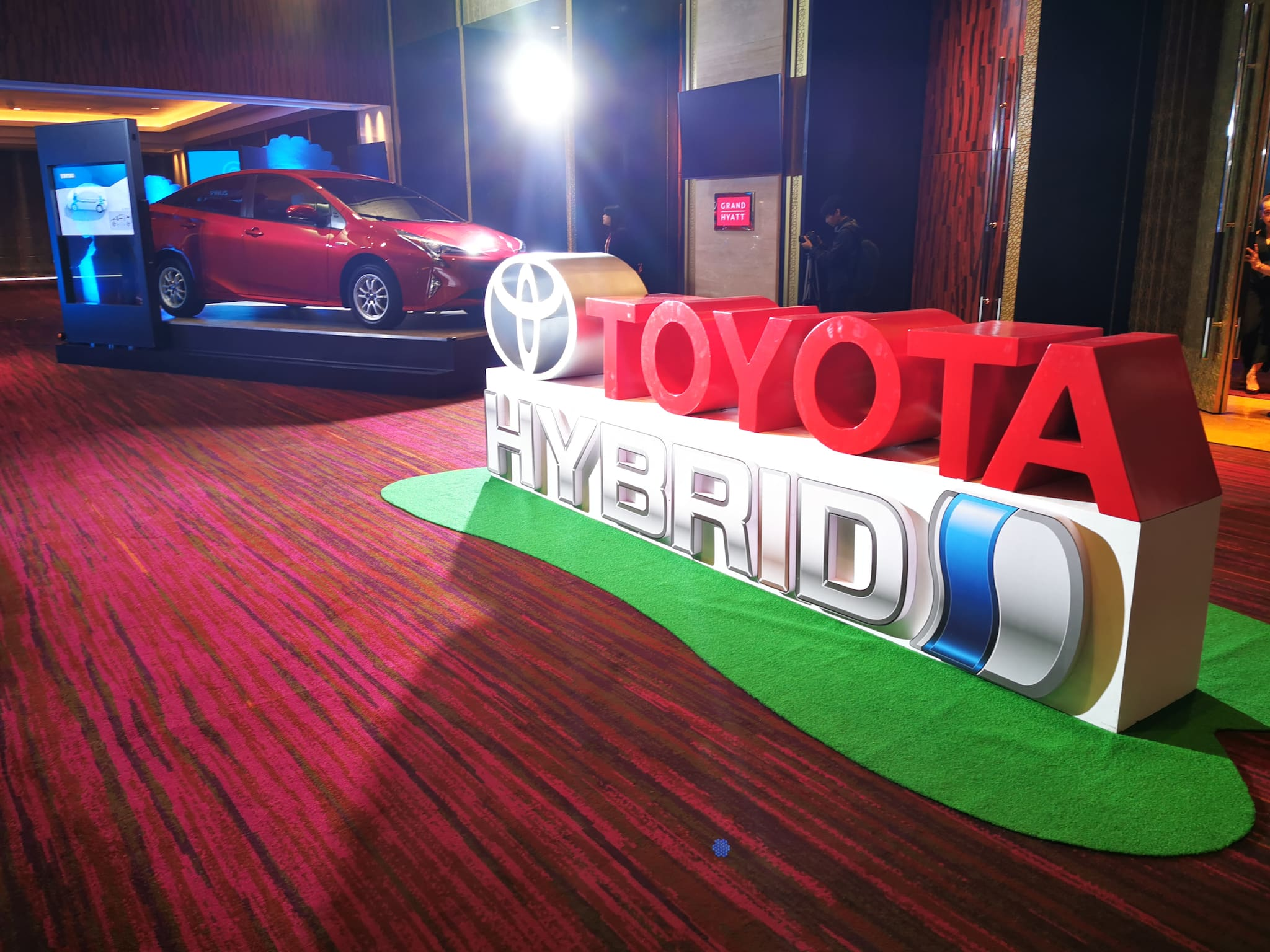 Toyota PH Chief Says Hybrid EVs Best to Propel Local Vehicle Electrification Industry