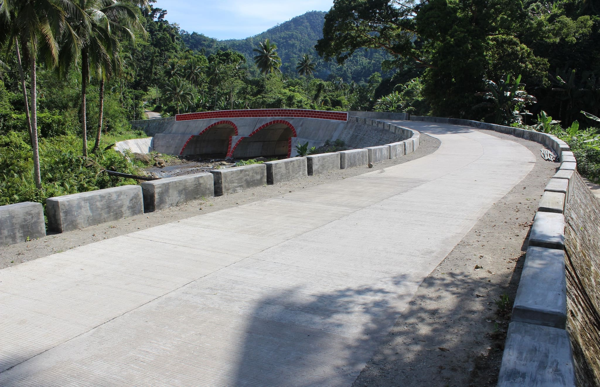 Tourism Expected to Rise in Samar, Leyte with New Roads