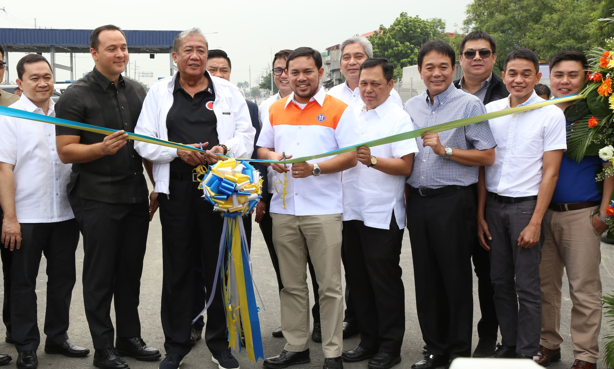 DPWH Opens First Section of Cavitex C5 South Link