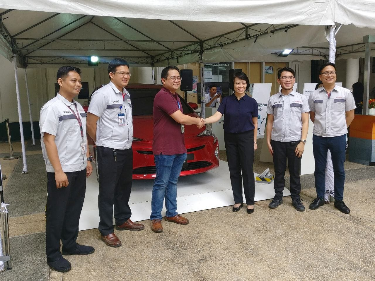 Toyota PH Partners with DLSU for Hybrid Campus Tour