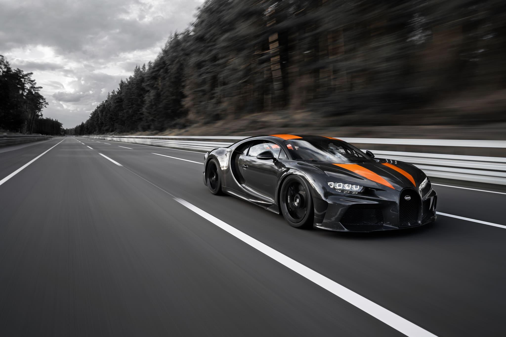 Bugatti Breaks 300 MPH Barrier with Bugatti Chiron