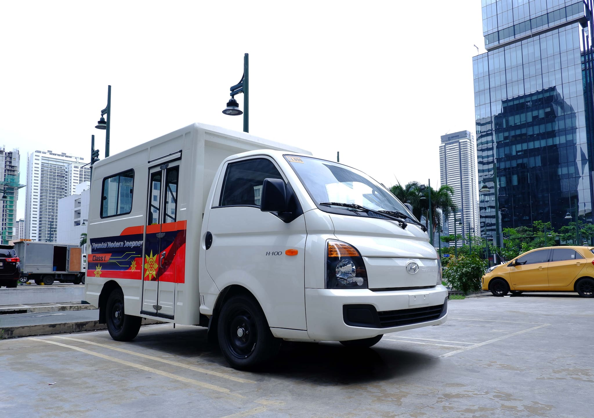 Hyundai Modern Jeepneys Receive DOTr Certification