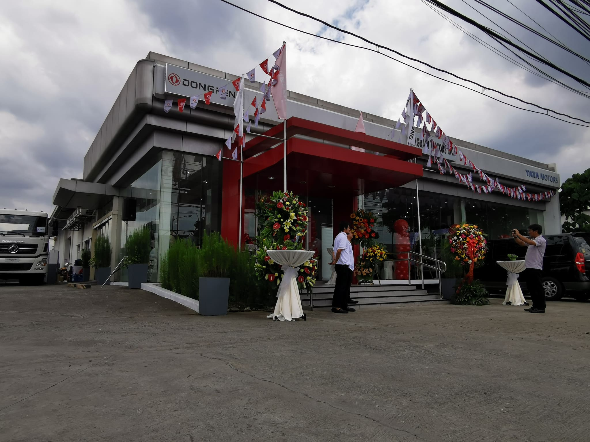Dongfeng Opens First Dealership Under Pilipinas Autogroup