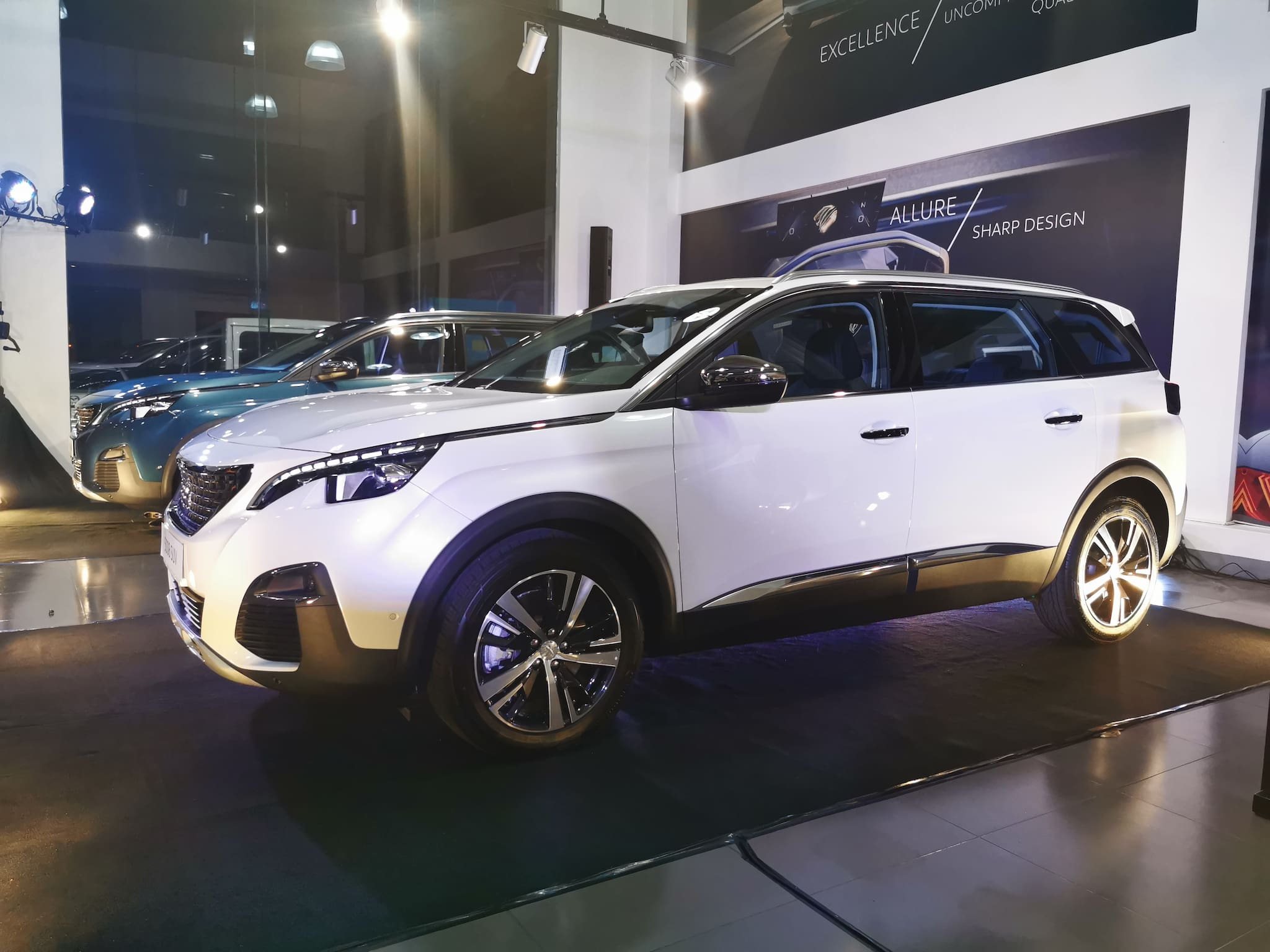 PEUGEOT PH Launches 5008 ALLURE, Now Made More Affordable
