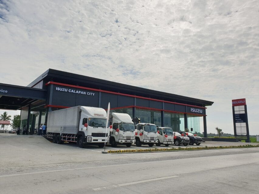 Isuzu brings lineup to Calapan, opens 43rd dealership