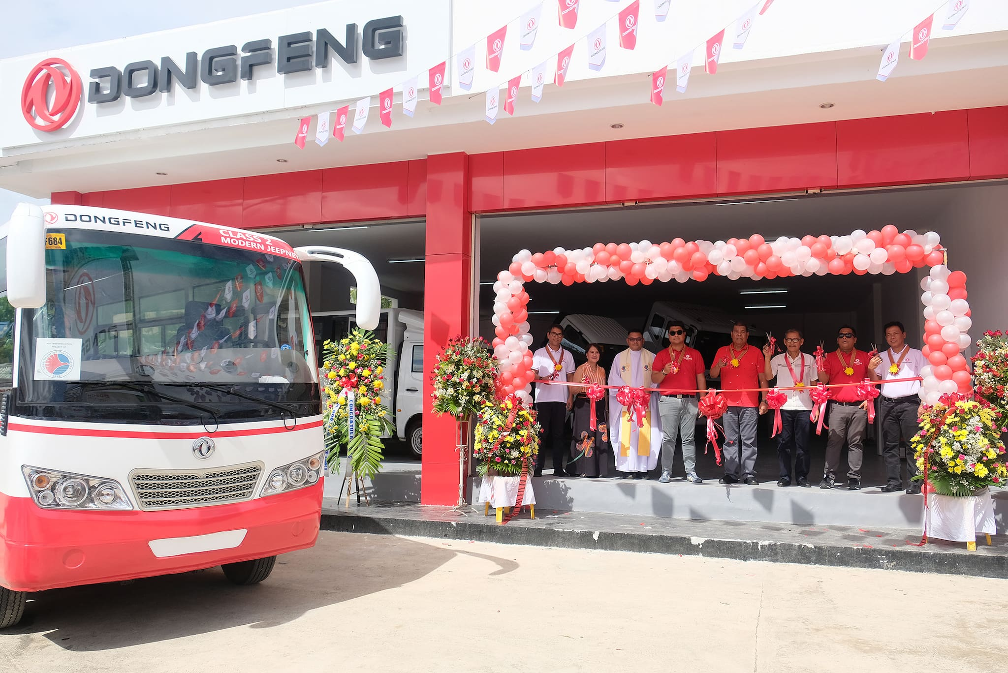 Dongfeng opens newest showroom in Isabela