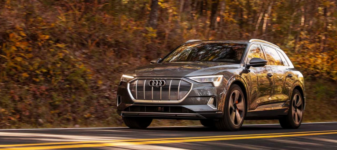 Green Car Reports Picks Audi E-Tron as Best Car of 2020