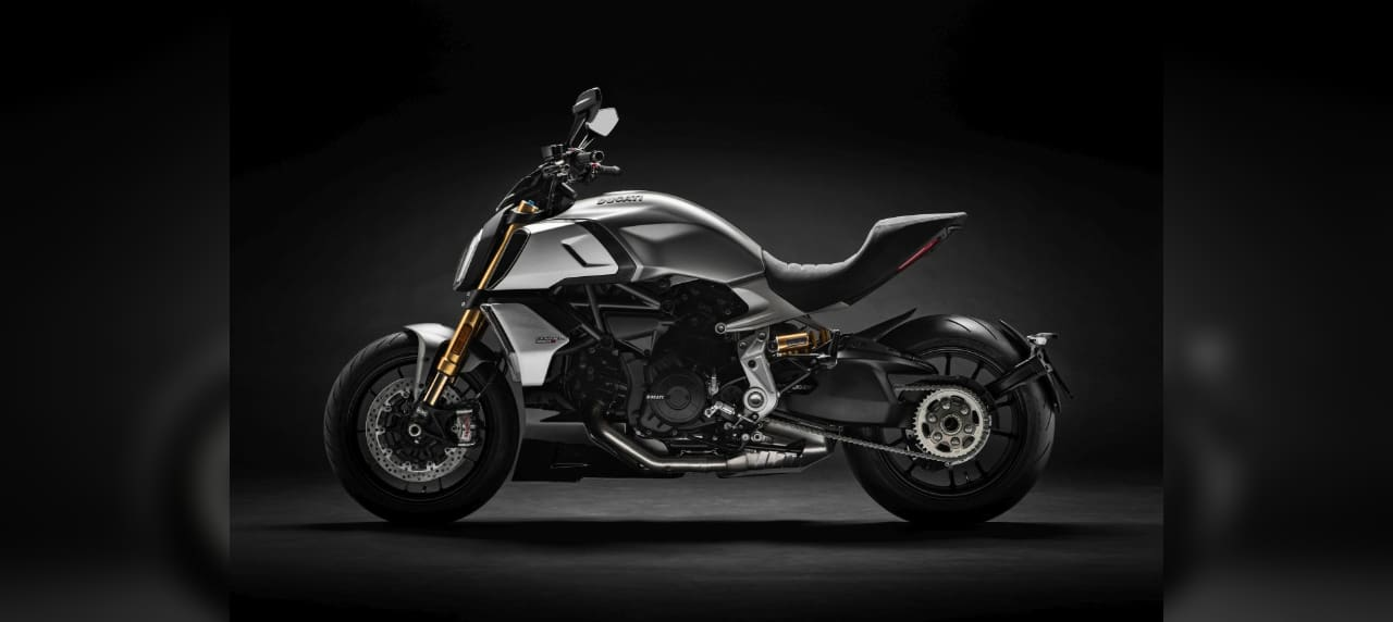 Ducati\'s Diavel Wins Another Red Dot Award