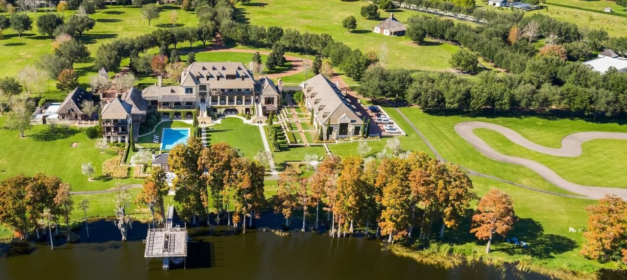 Expensive USD 17.5 M Florida Mansion Has 20-Car Garage and Its Own Racetrack