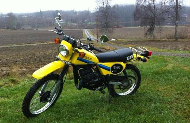 05012016-Moto-Suzuki-TS125