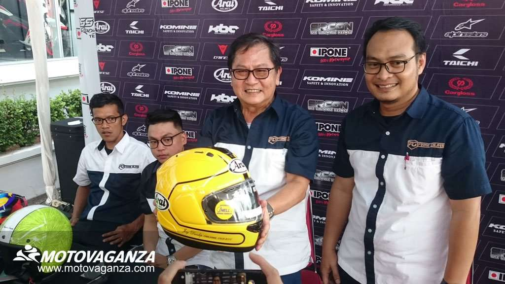 Prime Gears Lelang Helm Arai RX7X Joey Dunlop Limited Edition