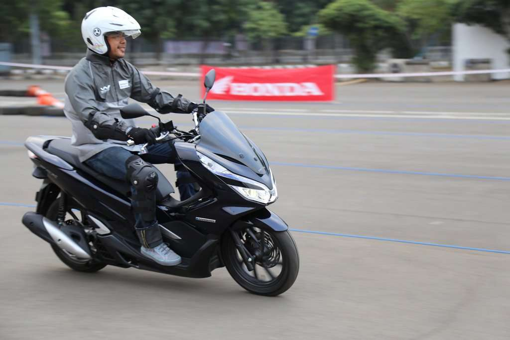 Resmi Dijual All New Honda PCX Hybrid Dibanderol Rp 40 Jutaan