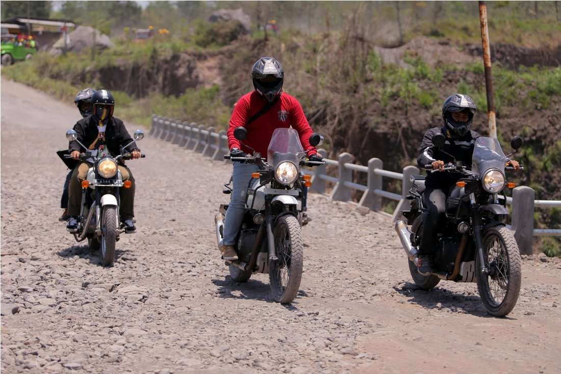 TEST RIDE: Melibas Gunung Merapi dengan Royal Enfield Himalayan