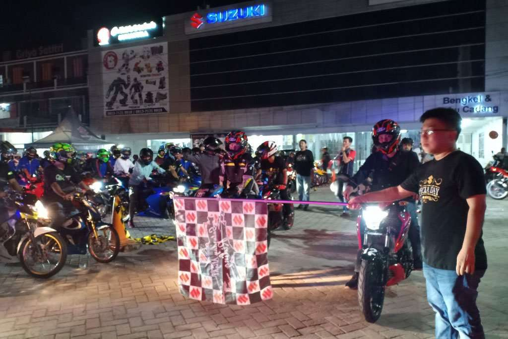 350 Bikers Meriahkan Suzuki Saturday Night Ride di Pekanbaru