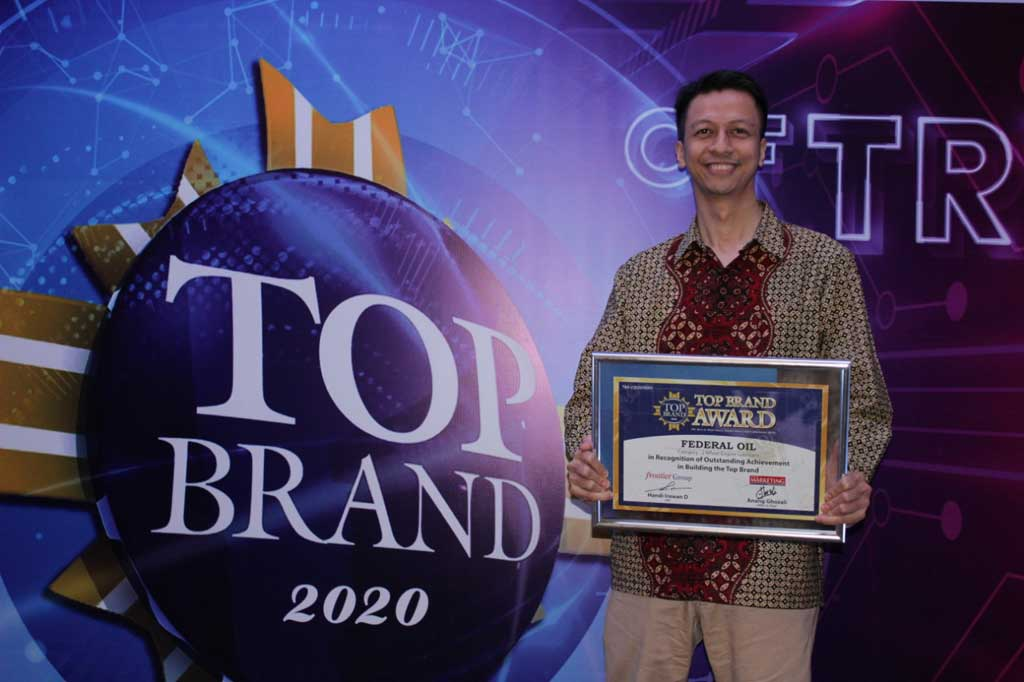 Federal Oil Raih Penghargaan Top Brand Award yang Ke-7