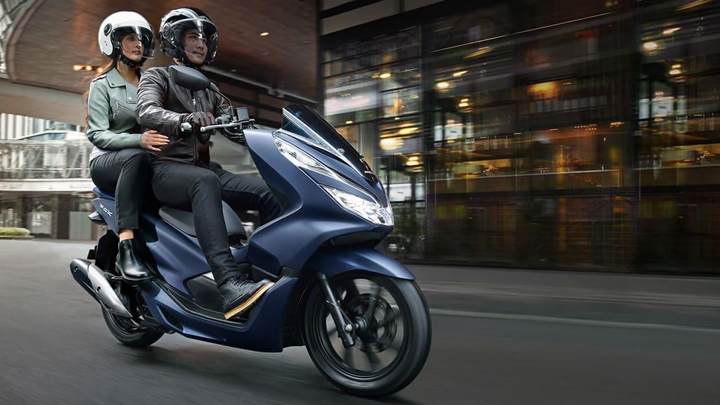 Beli Honda PCX? Cek Fitur dan Spesifikasi Lengkapnya