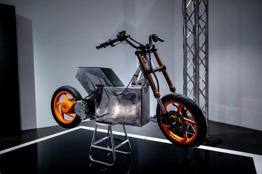 2 Sepeda Motor Listrik Singapura Siap Masuk Indonesia