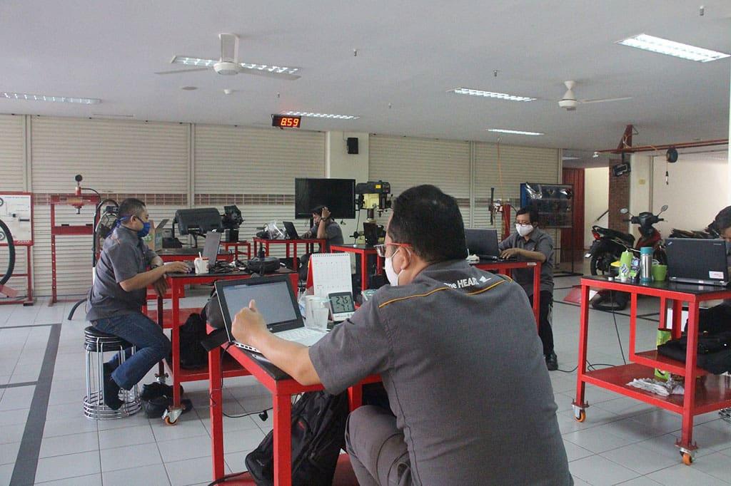 Perkuat Kualitas Pendidikan Vokasi, AHM Beri Pelatihan 1.387 Guru SMK