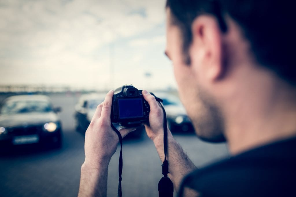 How_to_take_the_right_photos_for_your_car