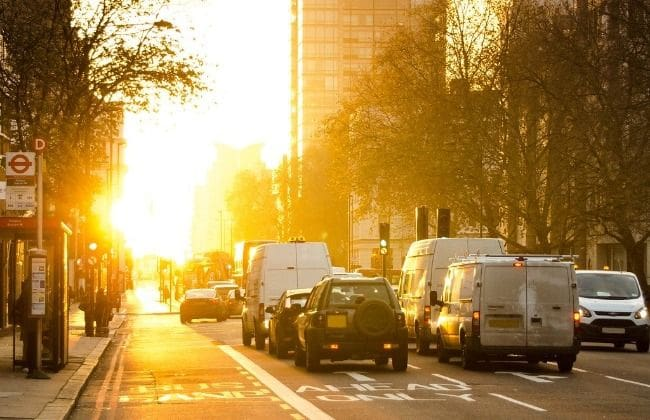 Sunrisse and traffic on the road