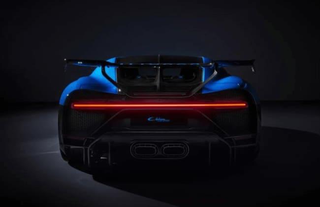 Bugatti Chiron Pur Sport in blue, rear
