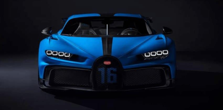 Bugatti Chiron Pur Sport in blue, front