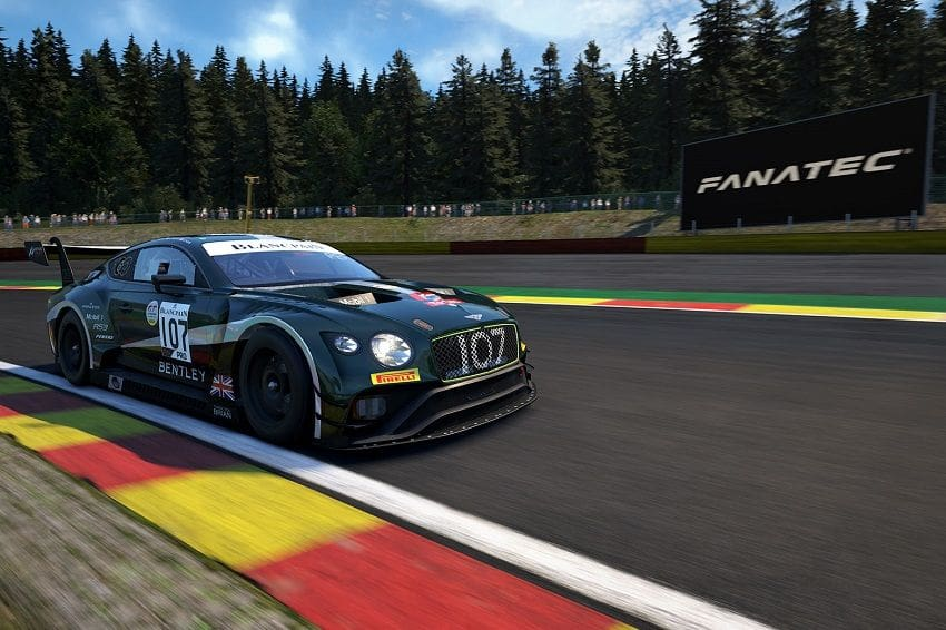 Bentley Races in Virtual Reality with Four Continental GT3s