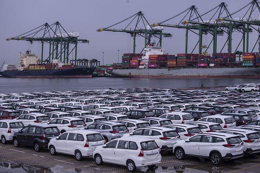 ekspor otomotif