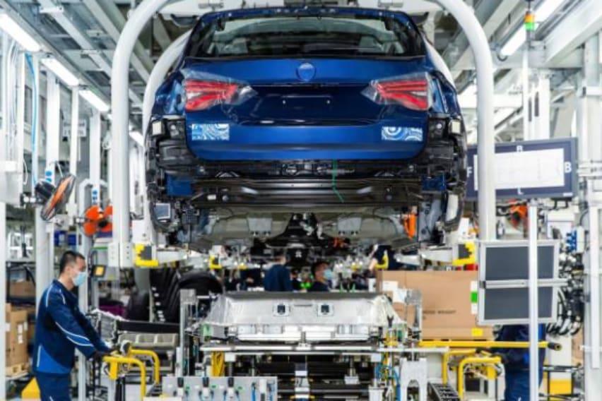 Preparation of the BMW iX3