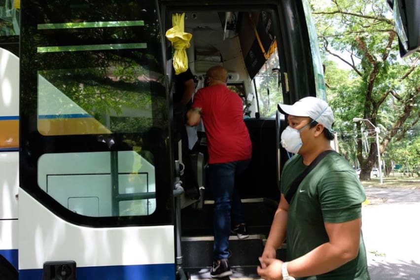 free bus service to frontliners
